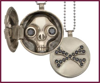 Jauana Peekaboo Skull Ring and Pendant