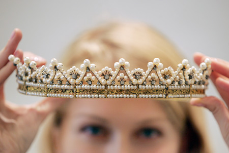 yellow gold and natural pearls' first tiara