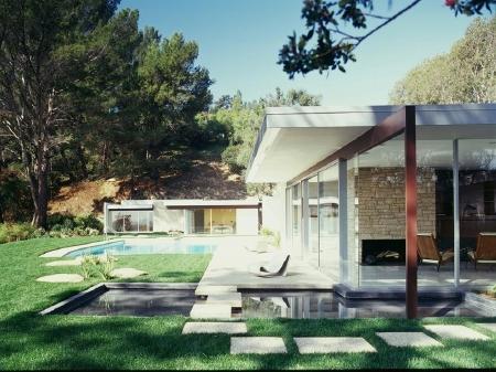 Singleton Residence