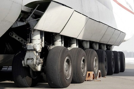World's Heaviest and Largest Jet: Antonov
