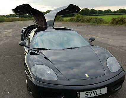 ferrari limo1 Worlds Fastest Limousine is Longest Ferrari: Guinness Book of World Records