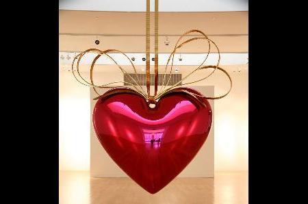 Koons's 9-Foot Heart