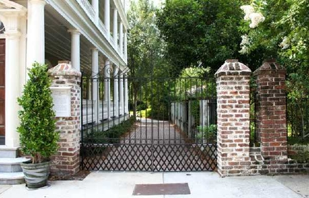 1805's Traditional Estate on Tradd Street @ $4.75 mn