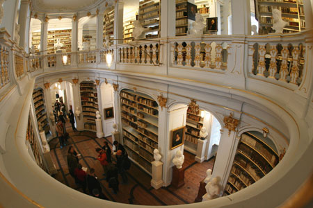 Germany's Anna Amalia Library To Reopen