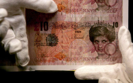 Bizarre Banksy Original to Be Auctioned, 10-Pound Note Features Princess Diana