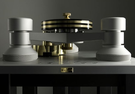 Goldmund's Presents World's Most Expensive Turntable for $300,000