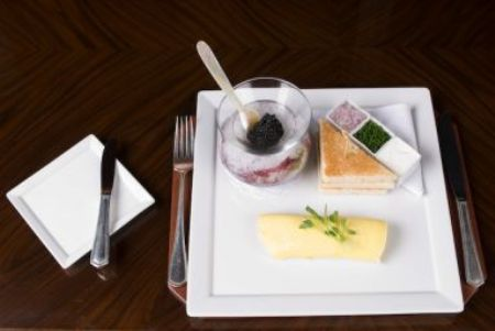 World's Most Expensive Omelet: $100