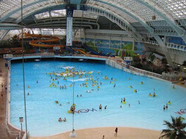 biggest indoor swimming pool 1 Worlds Biggest Indoor Swimming Pool