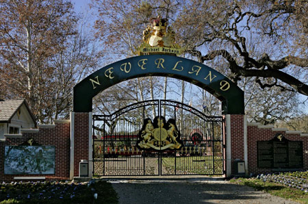 Michael Jackson's Neverland Ranch to be Auctioned