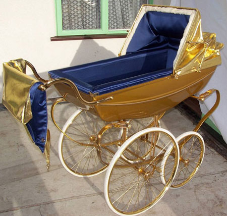 Baby Bling: £6,000 Gold-Plated Pram Engages Your Young Ones