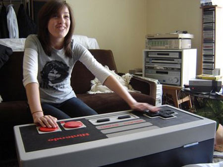 NES Controlled Mod; Most Funny Coffee Table Ever