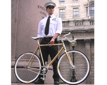 Pimp Your Ride: £9,500 Gold Bicycle Loves Going Green
