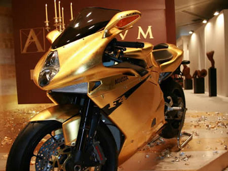 Gold MV Agusta F4 Offers a Kingly Ride