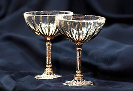 $400,000 Diamond & Crystal Encrusted Champagne Glasses for High Taste