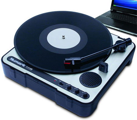 PT-01USB: Portable Vinyl-Archiving Turntable from Numark