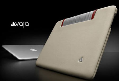 The ivolution: MacBook Air Leather Case From Vaja