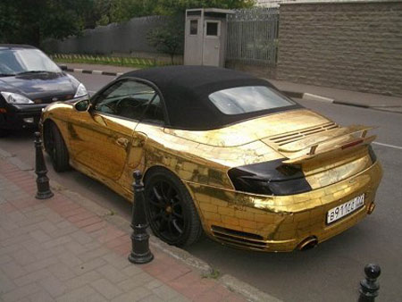 The Golden Porsche: With Love From Russia