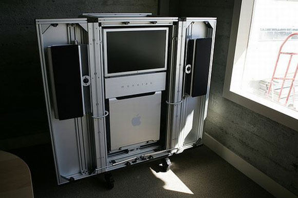 Monolab Design Trunk is the First Ever 4TB iPod, Smile Nerds!