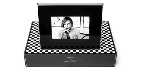 Elite Find of the Day: Parrot Bluetooth Digital Picture Frame Dons a Designer Appeal