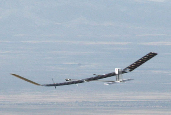 solar plane UK Built Solar Plane Marks World Record For Longest Unmanned Expedition