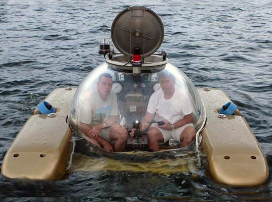 Incredible Submarines lets you submerge in style