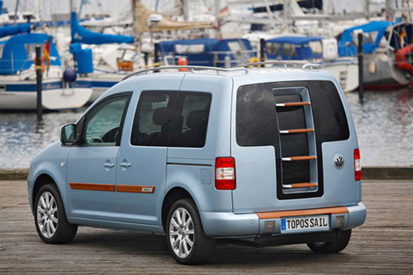 Volkswagen Caddy Concept Offers Sunbathing Via Wooden Boat Deck