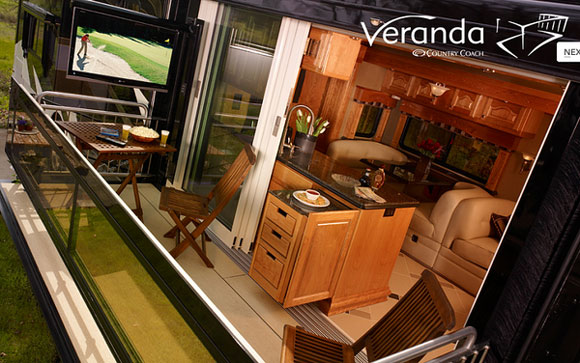 veranda motorhouse Verdanas Motor Home Flaunts a Motorized Private Balcony