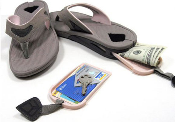 Elite Gadget of the Week: The Stash Reef Sandals