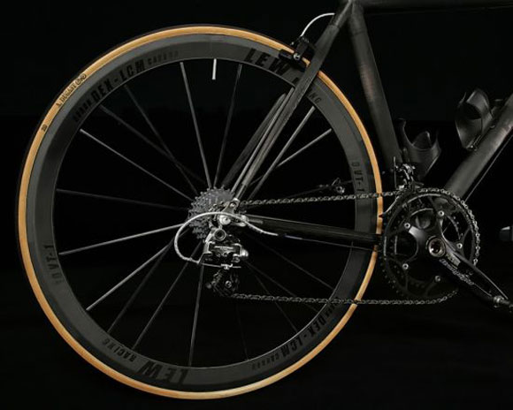 Lew Racing Pro VT-1 is Worlds Lightest and Most Expensive Wheel