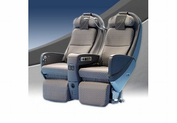 JAL Sky Shell Seat: Comfort in a Classy Shell
