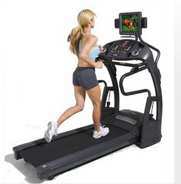 Smooth Fitness 9.5 TV Treadmill gives you a Fun-Filled Workout