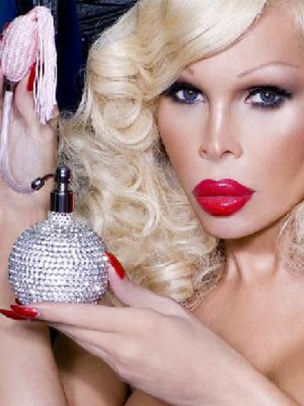 The Fragrance Of Transsexual Confidence That Is Amanda Lepore