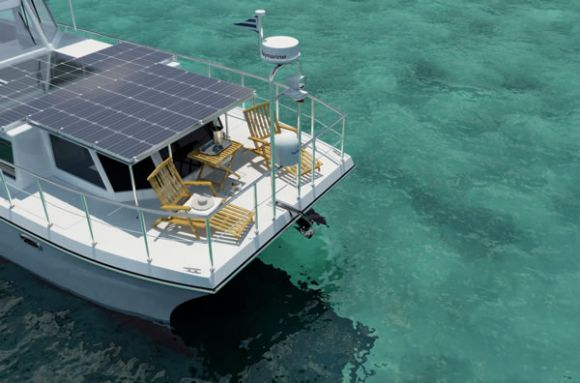 DSe Hybrid Yacht: Green Luxury on Tranquil Blue Waves!