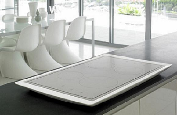 electrolux-aurora-cooktop-illuminated-induction