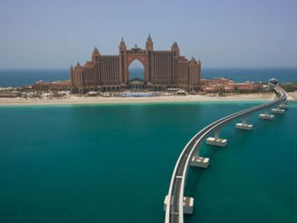 atlantis hotel dubai Dubai's Hotel Atlantis: Dive into the Sea of Opulence