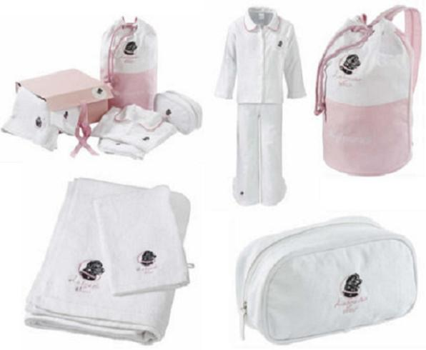 Both pre-teen as well teen girls will love this Sleepover Kit, ...