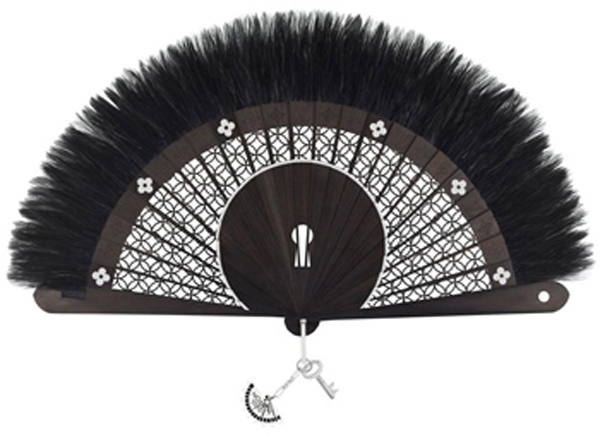 louis-vuitton-handfan
