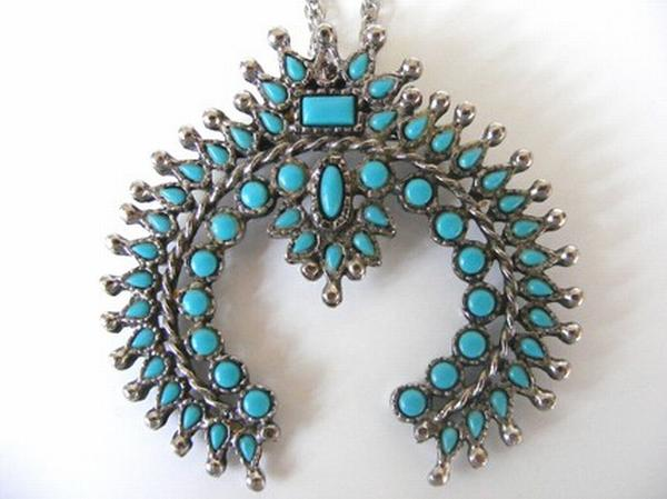 crown-turquoise-necklace-1
