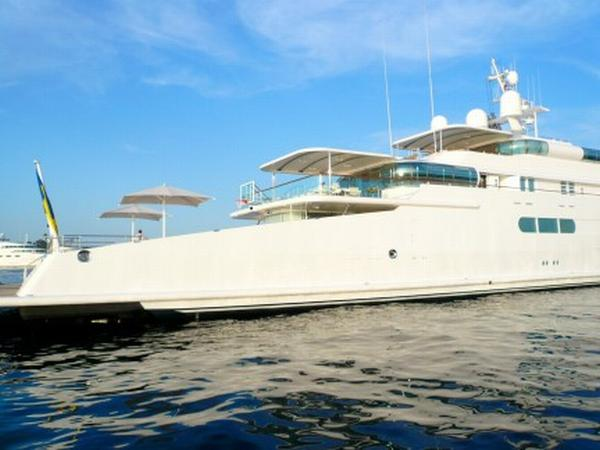 enigma_yacht_03