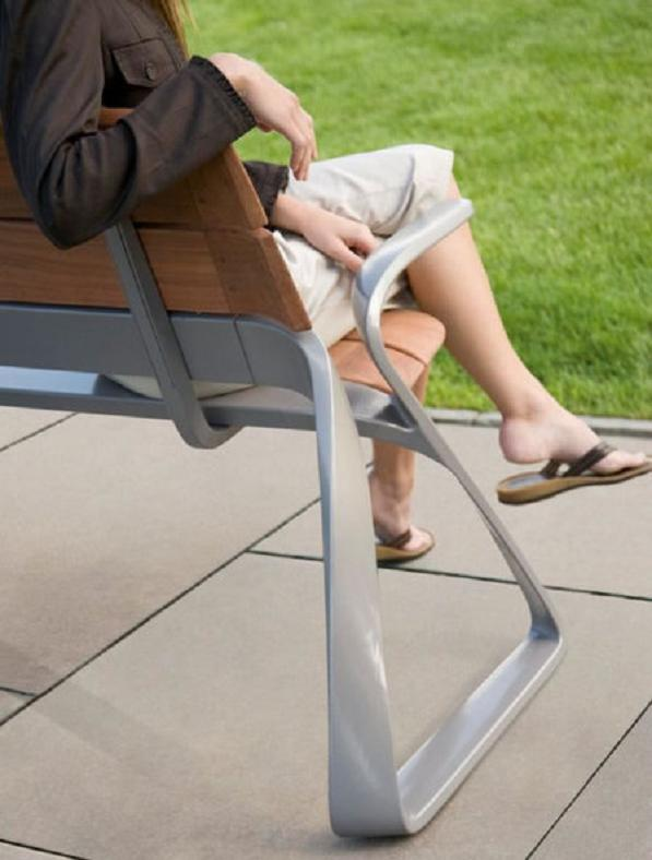 Metro40 outdoor furniture1 Metro40 Street Furniture Collection Strives To Reinvent Public Transit Systems