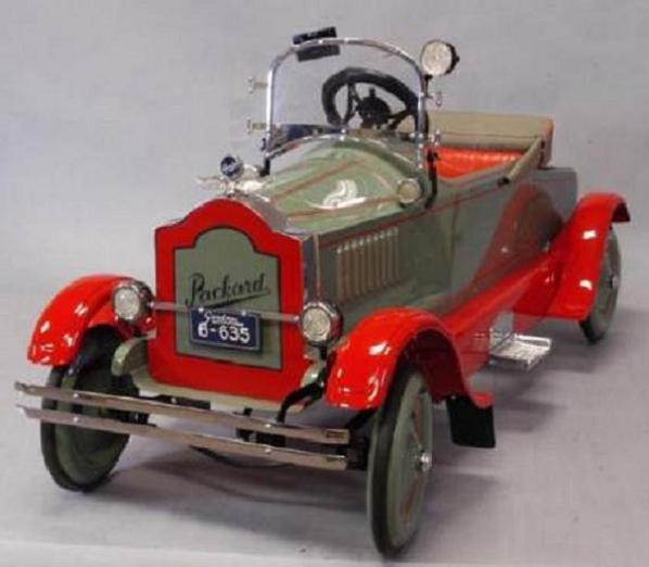 gendron_pedal_car
