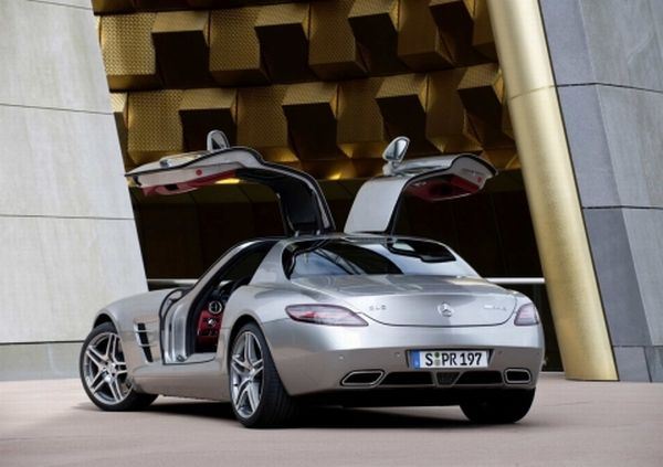 mb-sls-amg-gullwing_07_0