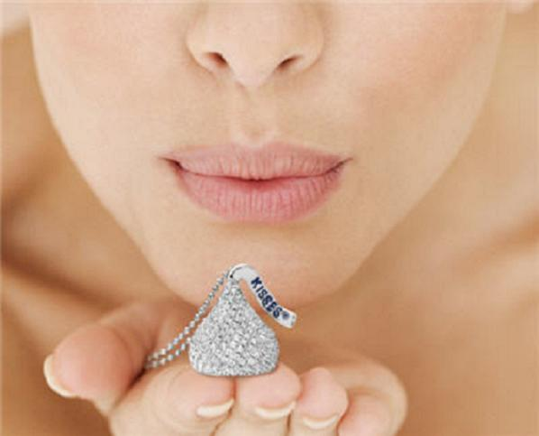 hersheys_kiss_jewelry_kiss