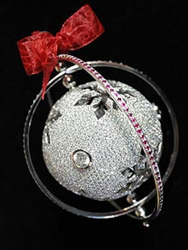bauble220_1517378f