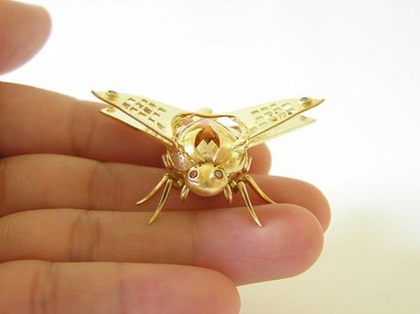 insect jewelry 1