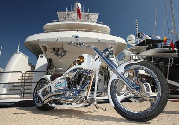 chopper-yacht-1
