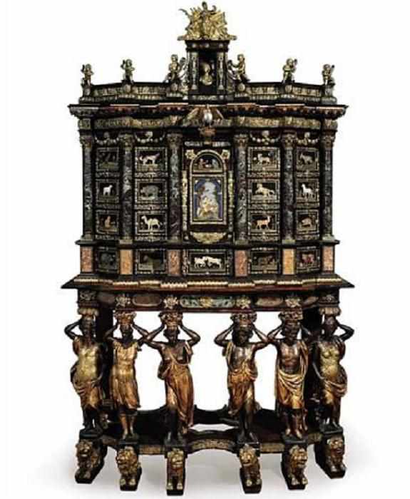 thecuccicabinet