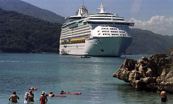 haiti-CRUISE-SHIP-001