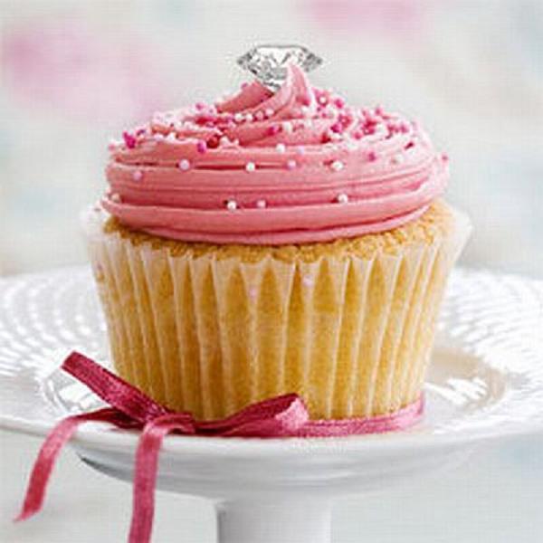 since-1910-cupcake