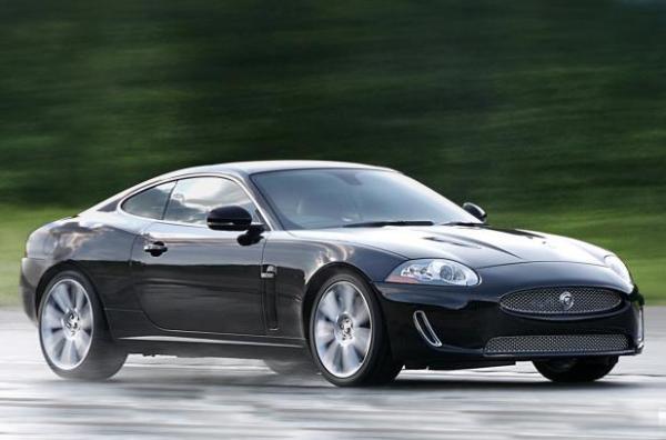 jaguar xk-r coupe
